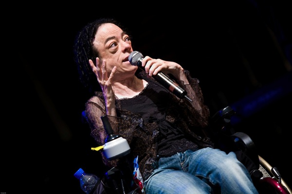 photo of comedian and actress liz carr